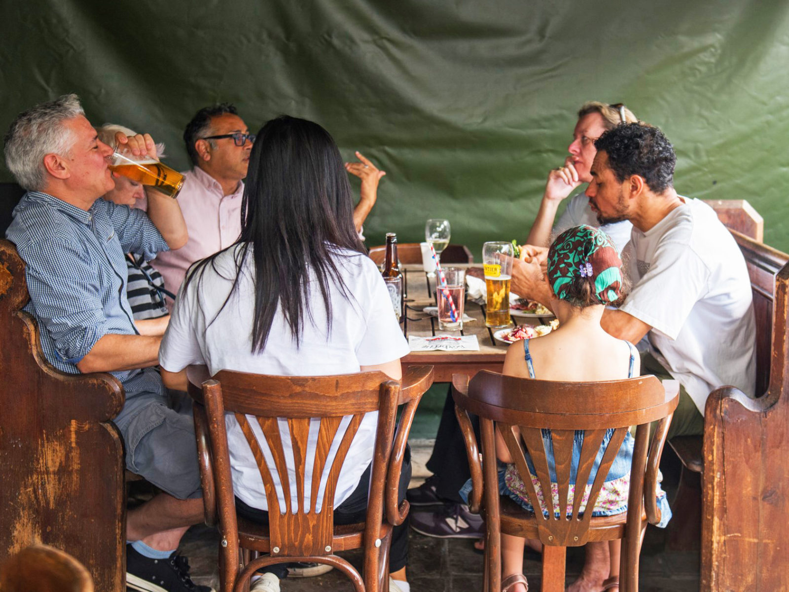 Our outside space is ideal for a nice family lunch