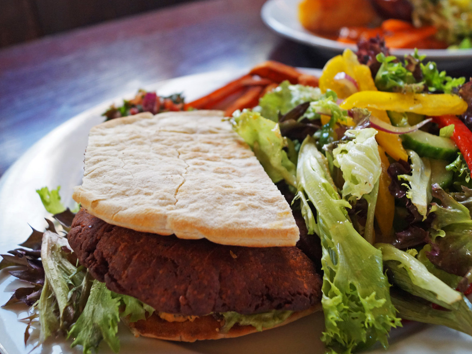 Perfect for a summer day: falafel pita burger with salad